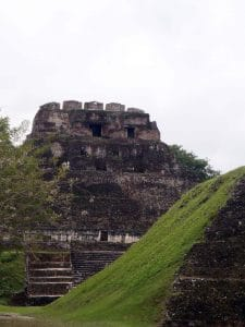 xunantunich shuttle with tours